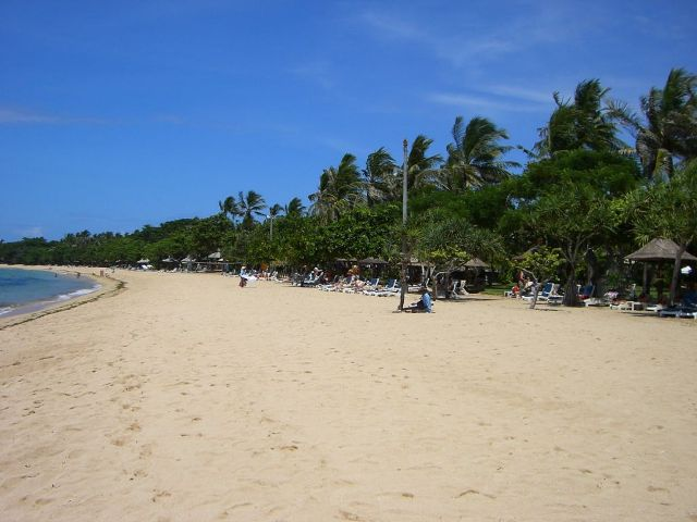well developed and well known nusa dua beach in bali. Black Bedroom Furniture Sets. Home Design Ideas