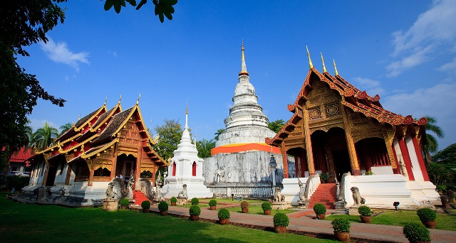 Visiting the Majestic Wat Phra Singh - Cush Travel Blog