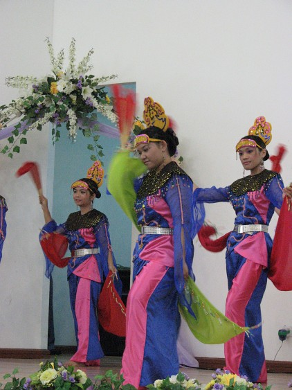 Rich Culture and Festivals in Brunei