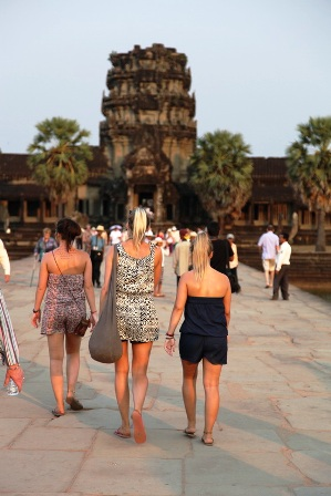 Guide to What to Pack and What to Wear in Siem Reap - Cush