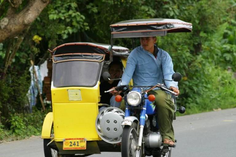 Getting around Tagaytay via One Main Road - Cush Travel Blog